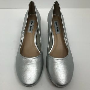 Steve Madden silver metallic block heel shoes 9.5